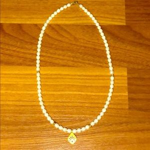 satya pearl necklace